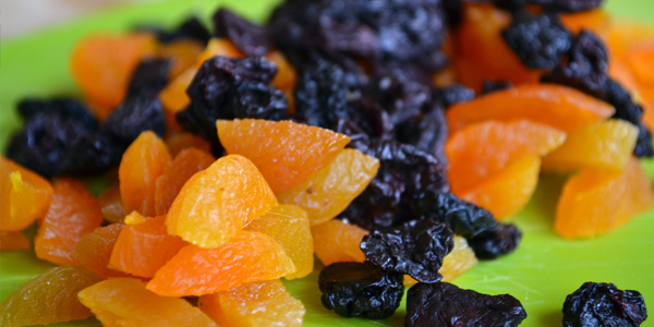 gedroogte kersen en abrikozen
