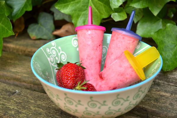 zelf aardbeien ijsjes maken