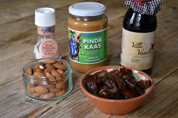ingredienten voor pindakaas koekjes
