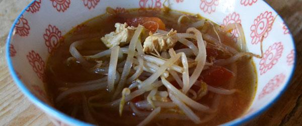 thaise kippensoep maken