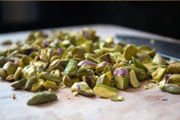 pistache noten hakken