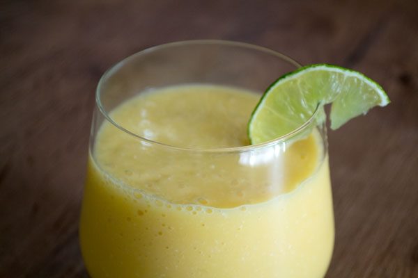 smoothie peer mango