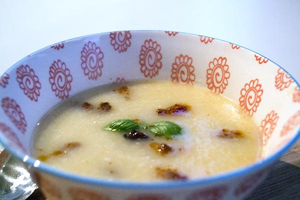 knolselderij soep recept